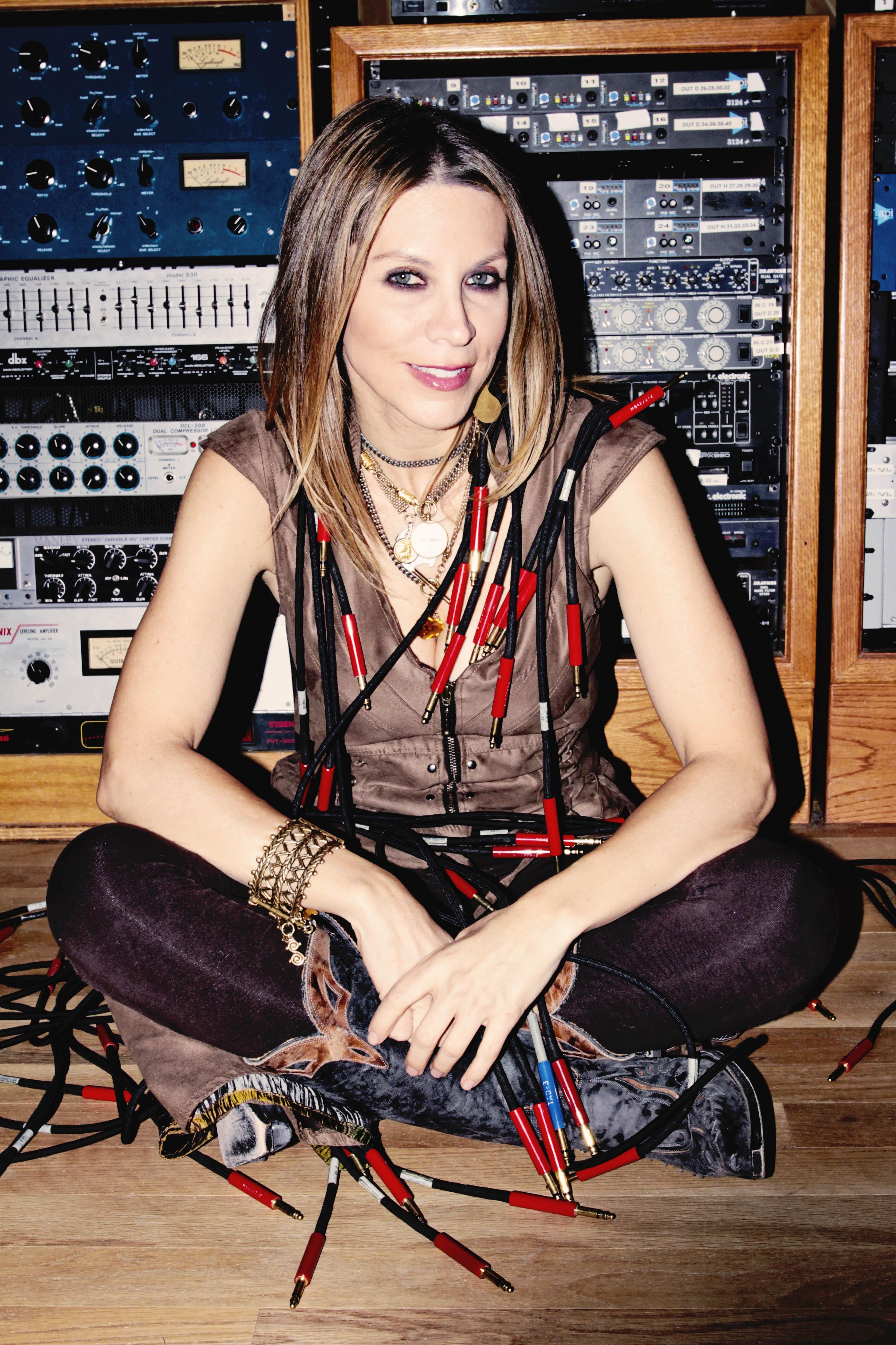 Nicole Dionne Nude Photos 2